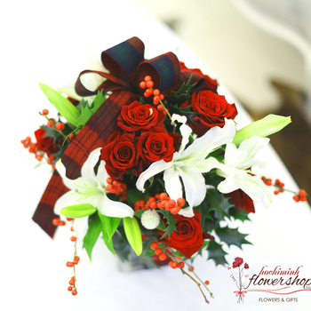 Hochiminh Christmas flowers gifts order now